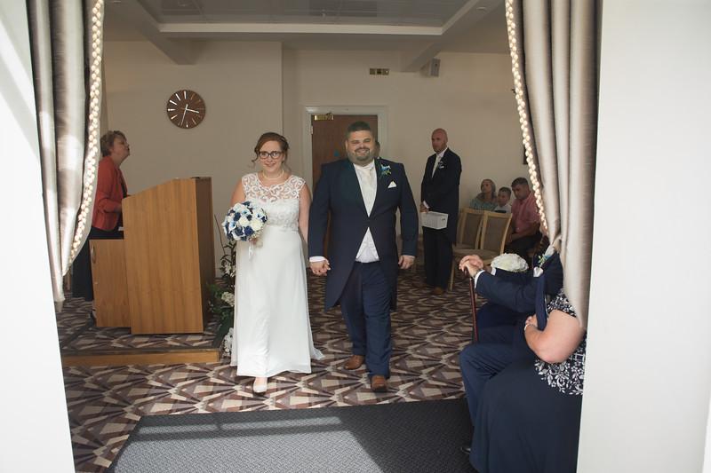 Mr and Mrs Lee-104.jpg