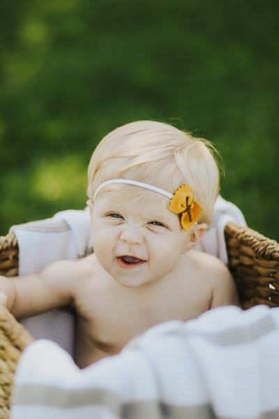 Lilah Bea 6 Months-22.jpg