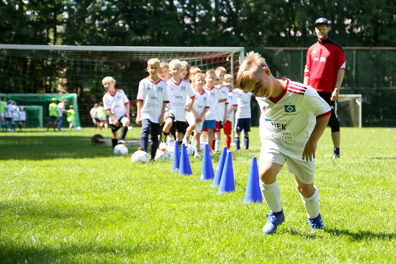 hsv_fussballschule-373_48047955066_o.jpg