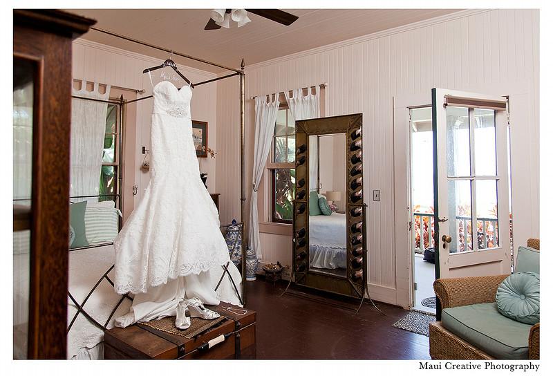 Maui_Wedding_Photographers_Olowalu_Plantation_House_012.jpg