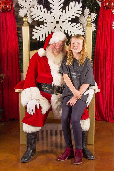 Santa 12-16-17-467.jpg