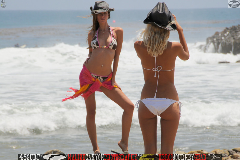leo carillos surf's up beautiful swimsuit model 45surf 156,4,4,4,