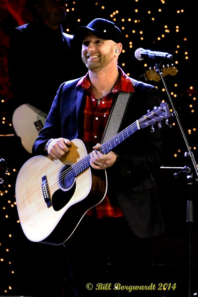 Tim Hicks - CCMA Holiday Special
