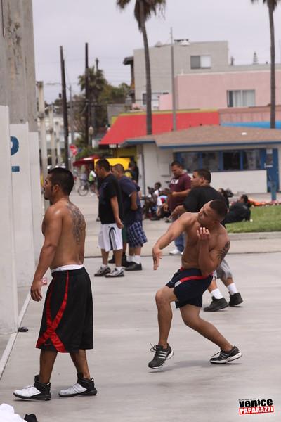 06.20.09 So-Cal Summer Slam  3-Wall Big Ball Singles.  1800 Ocean Front Walk.  Venice, ca 310.399.2775 (5).JPG