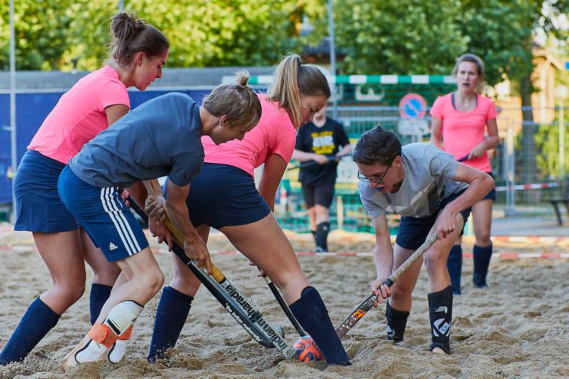 20170616 BHT 2017 Beachhockey & Beachvoetbal img 225.jpg