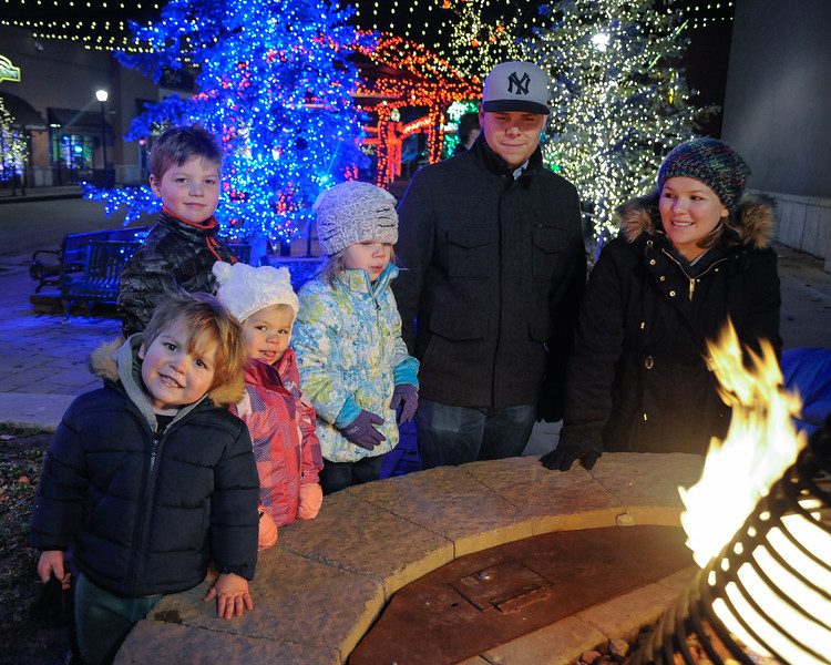 2016-12-17 – The kids got together and planned a night at Riverwoods to see all the Christmas lights and Santa. We went along to enjoy the sites and get photos. This was at the end of our evening, and even though the night was cold, the kids where still so happy and full of energy as we stood around the fire trying to enjoy a little warmth. I love these little ones.
