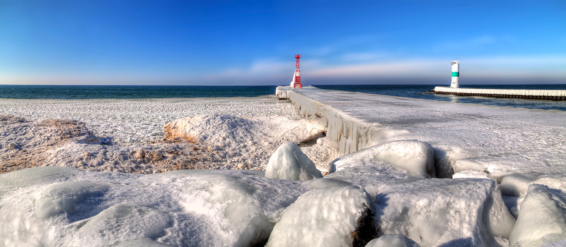 Icy Shores of Pentwater