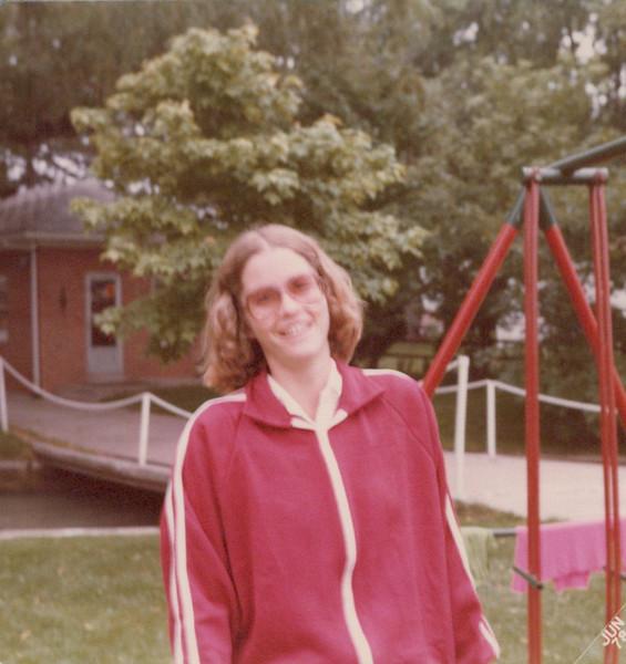 July 4 1978 Elaine.jpeg