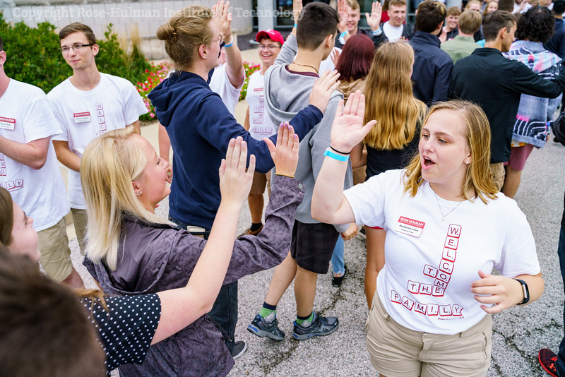 RHIT_Freshman_Orientation_2018_High_Five_Tunnel-0622.jpg