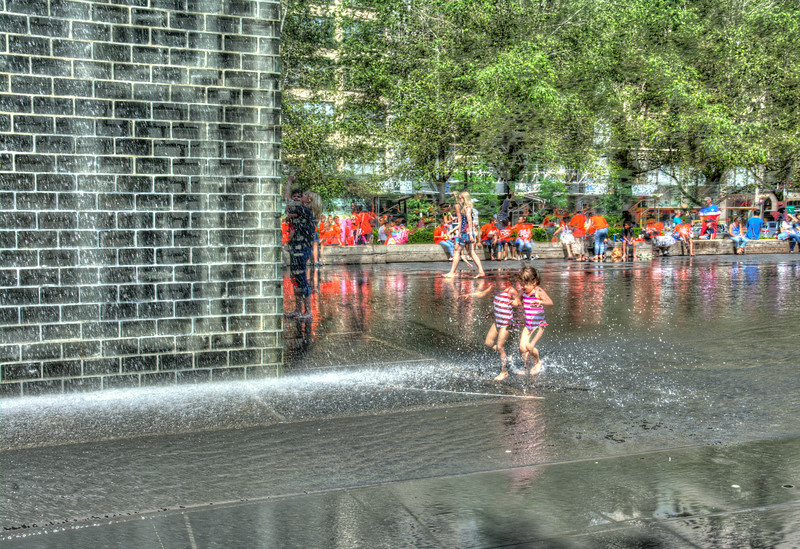 stripedgirlsatCrownFountainDSC_9456_7_8_tonemapped.jpg