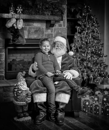 Santa bw (11).jpg