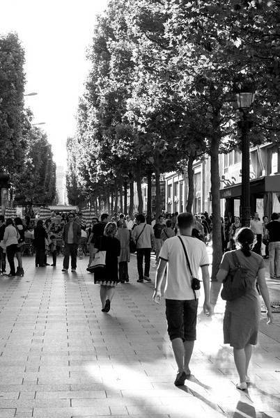 Le Champs Elysees