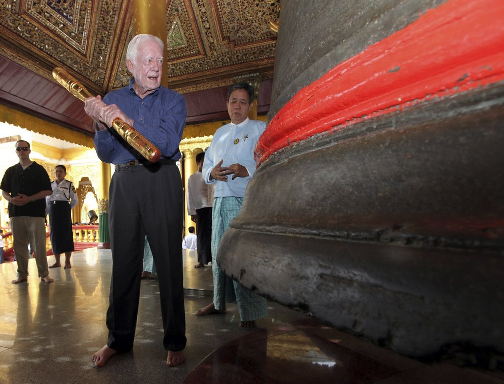 """. <p><b><a href=\'http://www.politico.com/politico44/2013/07/jimmy-carter-north-korea-169410.html\' target=\""""_blank\""""> 10. (tie) Jimmy Carter </a></b> <p>Plans peace trek to North Korea after asking himself �What Would Rodman Do?� (previous ranking: unranked) <p> --------------------------------------------   (AP Photo/Khin Maung Win, File)"""