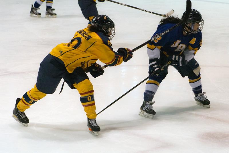 20130310 QWHockeyvsUBC 288.jpg