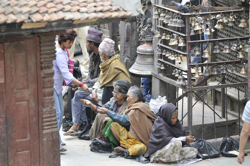 080523 3215 Nepal - Kathmandu - Temples and Local People _E _I ~R ~L.JPG