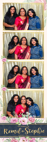 Alsolutely Fabulous Photo Booth 035547.jpg
