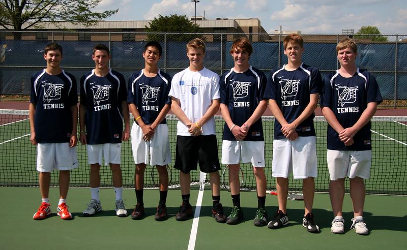 UHS Boys Tennis Seniors 2012.jpg