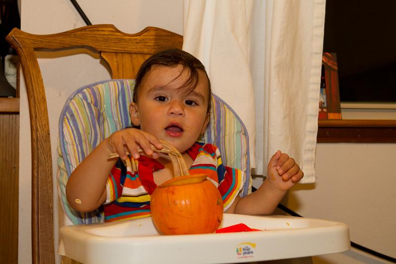 PumpkinCarving-238.jpg