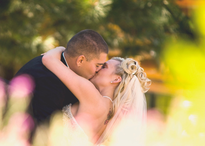 wedding-first-kiss-sacramento.jpg