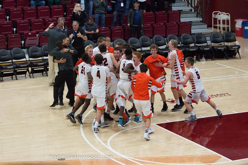 Varsity Boys 2017-8 (WM) Basketball-1743.jpg