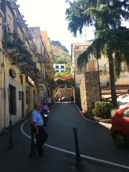 20110812-Ginka-Sicily-20110812--IMG_1134--0099.jpg