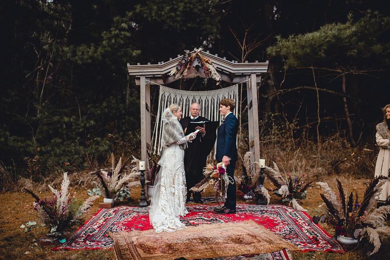 Requiem Images - Luxury Boho Winter Mountain Intimate Wedding - Seven Springs - Laurel Highlands - Blake Holly -1047.jpg
