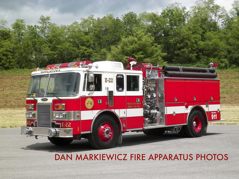 MIFFLINTOWN HOSE CO. ENGINE 22 1991 PIERCE PUMPER
