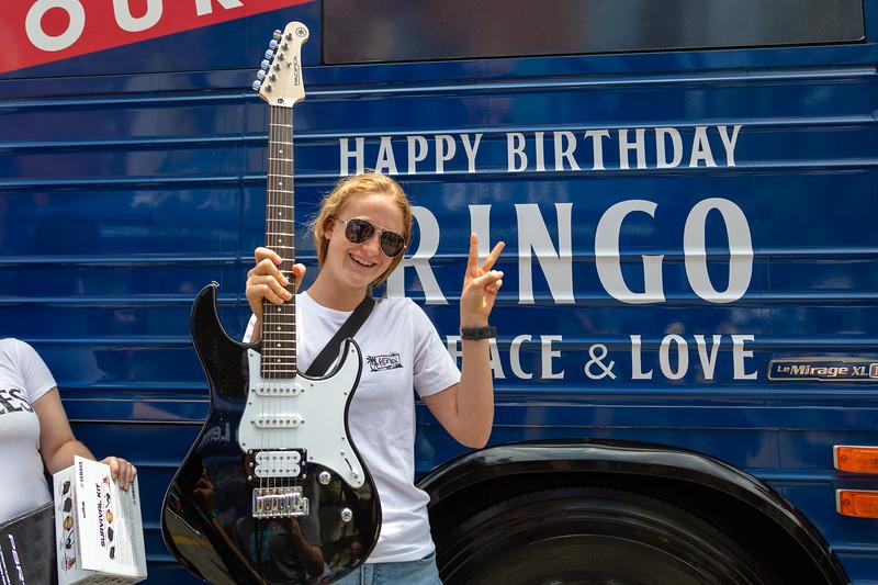 2019_07_07, Birthday, CA, Capitol Records, Los Angeles, Ringo, Bus, Giveaways, Yamaha, Exterior