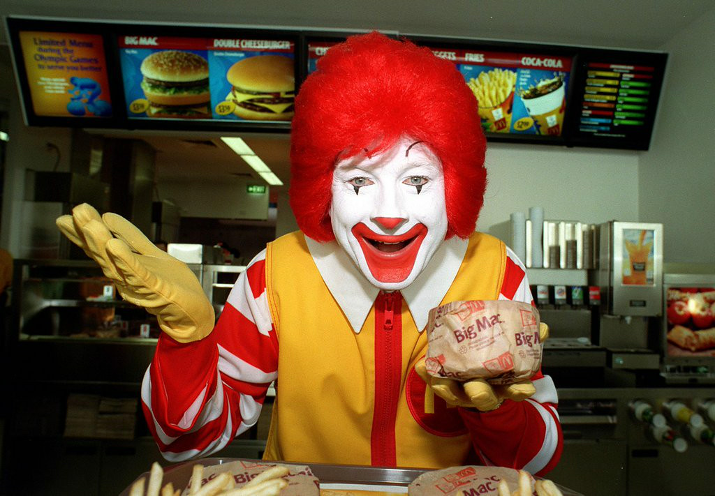 """. 8. McDONALD�S <p>Is all of its food cheap and unhealthy? That�s a clown question, bro! (unranked) </p><p><b><a href=\""""http://www.nola.com/business/index.ssf/2014/08/mcdonalds_junk_food_image.html\"""" target=\""""_blank\""""> LINK </a></b> </p><p>   (Nick Laham / Allsport)</p>"""