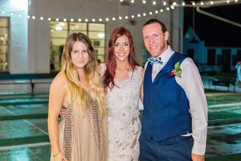 ELP1015 Tara &Phill St Pete Shuffleboard Club wedding reception 532.jpg
