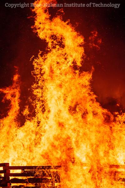 RHIT_Homecoming_2019_Bonfire-7315.jpg
