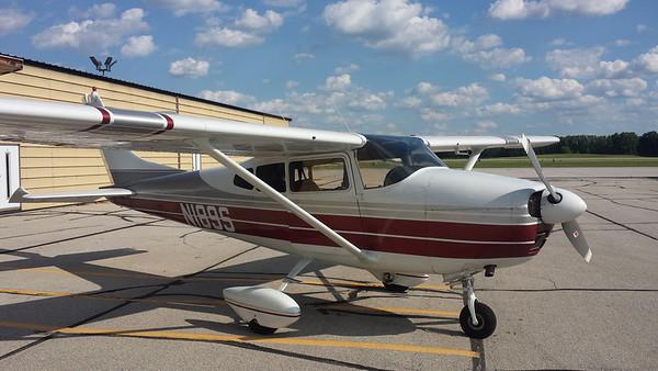Cessna 182 N189S
