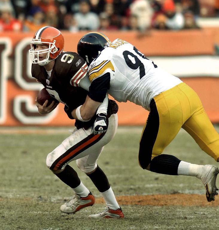 . News-Herald file Charlie Frye is sacked by Brett Keisel, Steelers