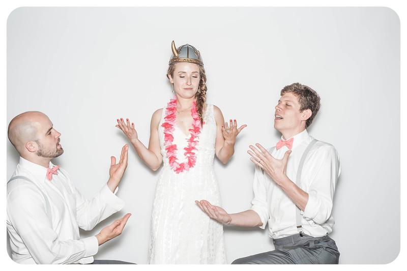 Alison+Jules-Wedding-Photobooth-157.jpg