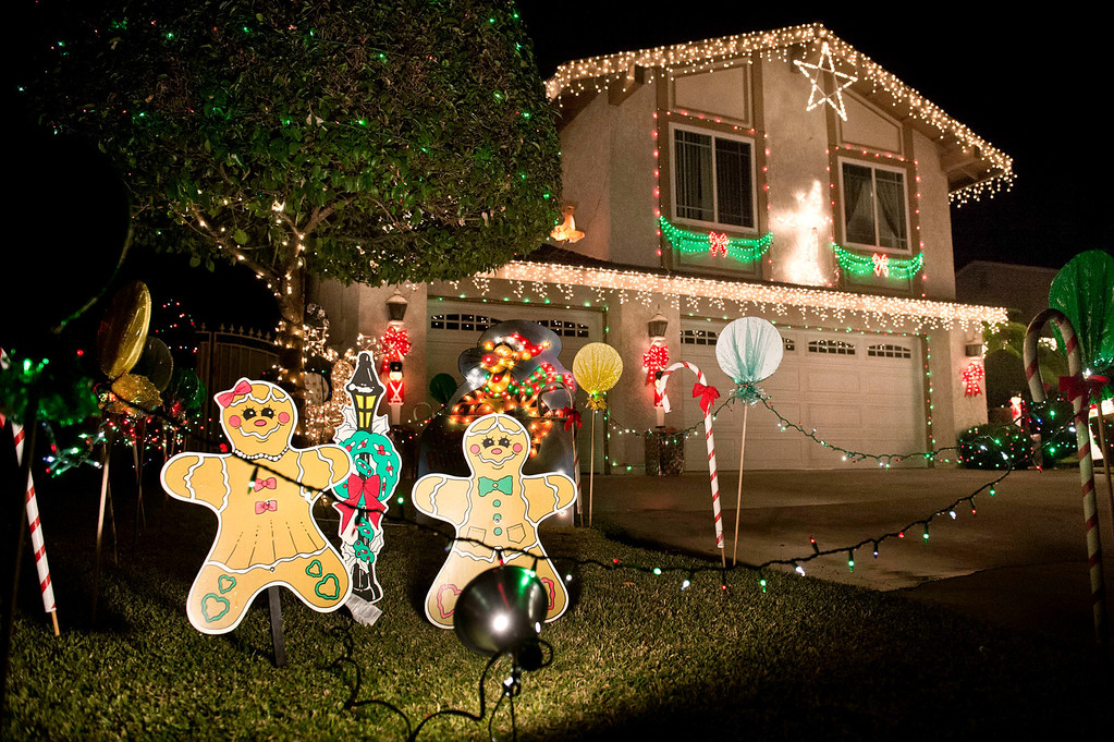 . Holiday lights in the 100 block of East Payson Street in Glendora on Thursday, Dec. 19, 2013. (Staff photo by Watchara Phomicinda)