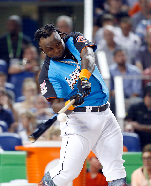 . Minnesota Twins\' Miguel Sano competes during the MLB baseball All-Star Home Run Derby, Monday, July 10, 2017, in Miami. (AP Photo/Wilfredo Lee)