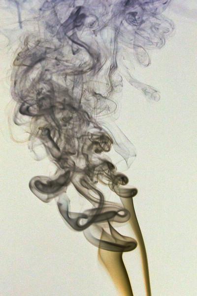 Smoke Trails 4~8415-1ni.