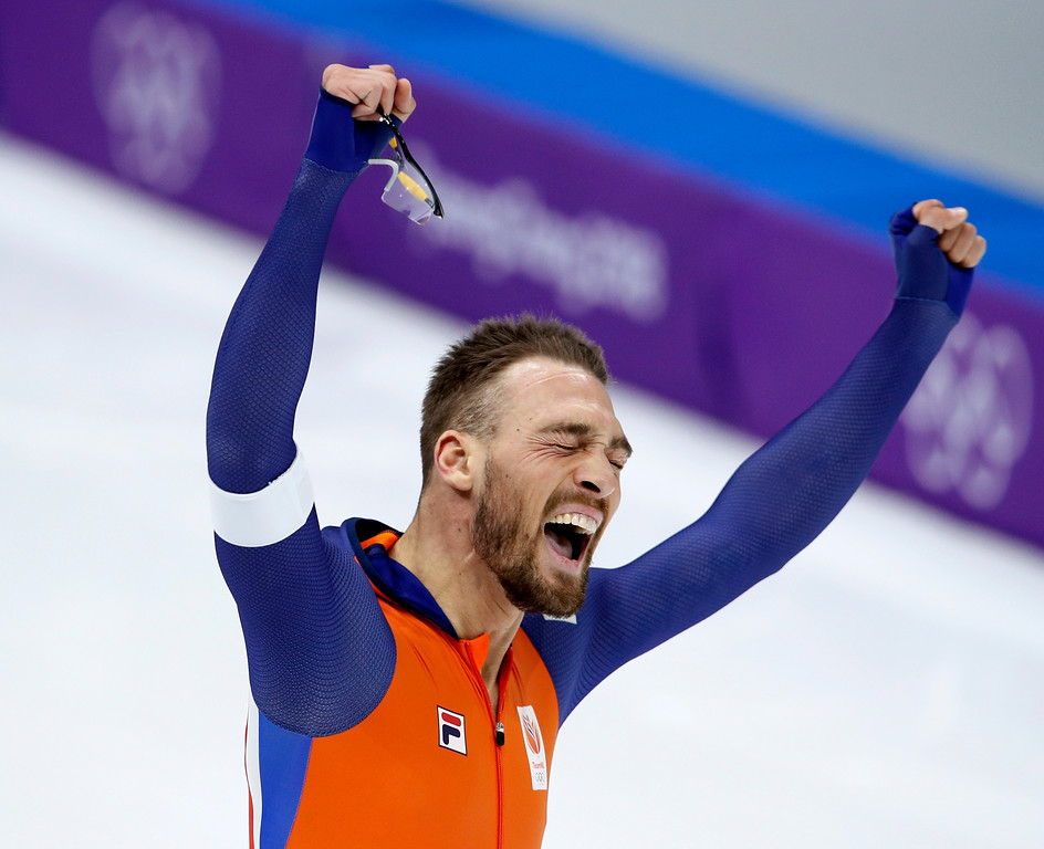 . Gold medalist Kjeld Nuis of The Netherlands celebrates after the men\'s 1,000 meters speedskating race at the Gangneung Oval at the 2018 Winter Olympics in Gangneung, South Korea, Friday, Feb. 23, 2018. (AP Photo/Vadim Ghirda)
