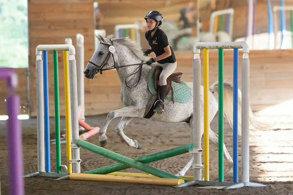 14-08-08 Persie Riding