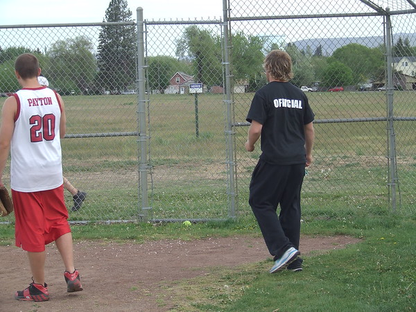 INT - Softball