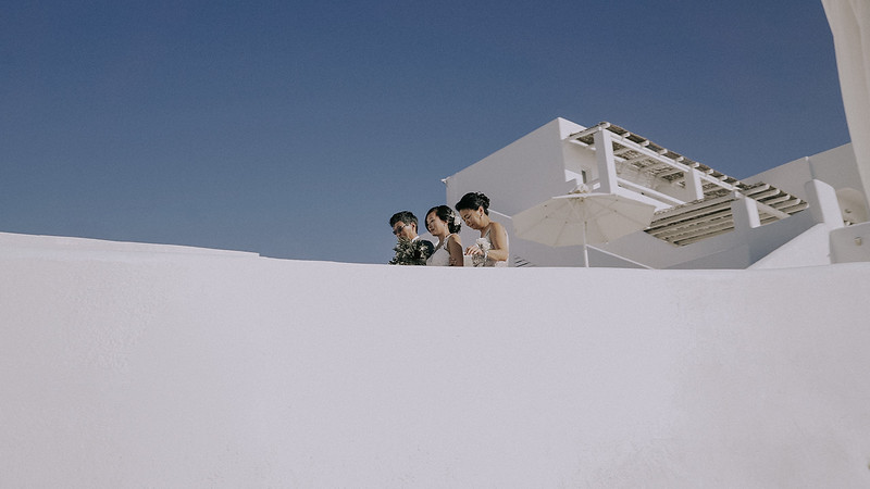 Tu-Nguyen-Destination-Wedding-Photographer-Santorini-Rocabella-Hotel-Euna-Ehsan-394.jpg