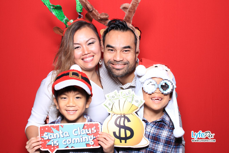 eastern-2018-holiday-party-sterling-virginia-photo-booth-1-41.jpg