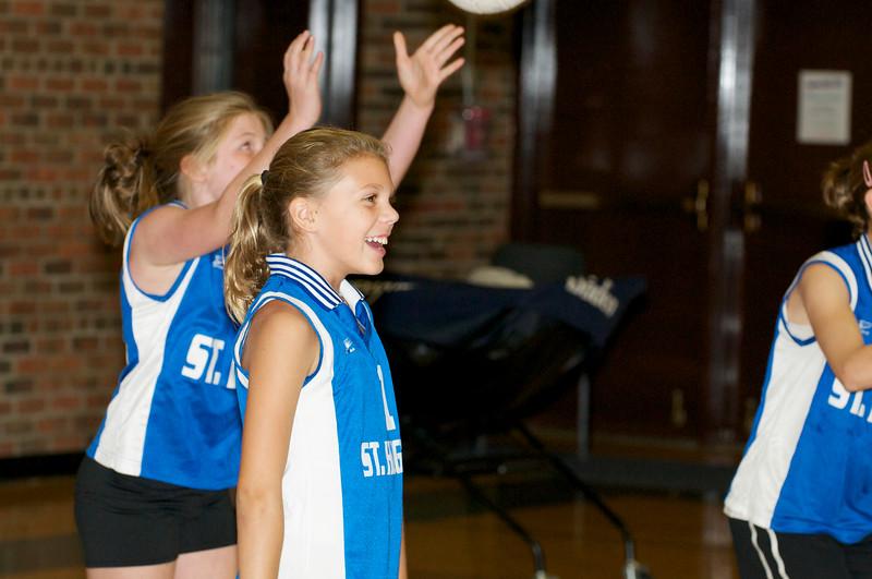 Hugo 5th Grade Volleyball  2010-10-02  102.jpg