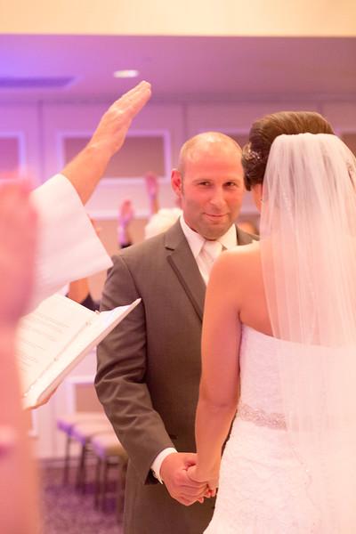 Matt & Erin Married _ ceremony (217).jpg