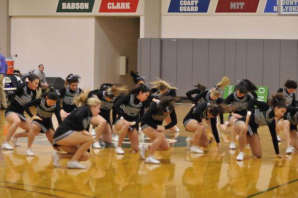 BABSON  CHEERLEADERS  1.11.2010
