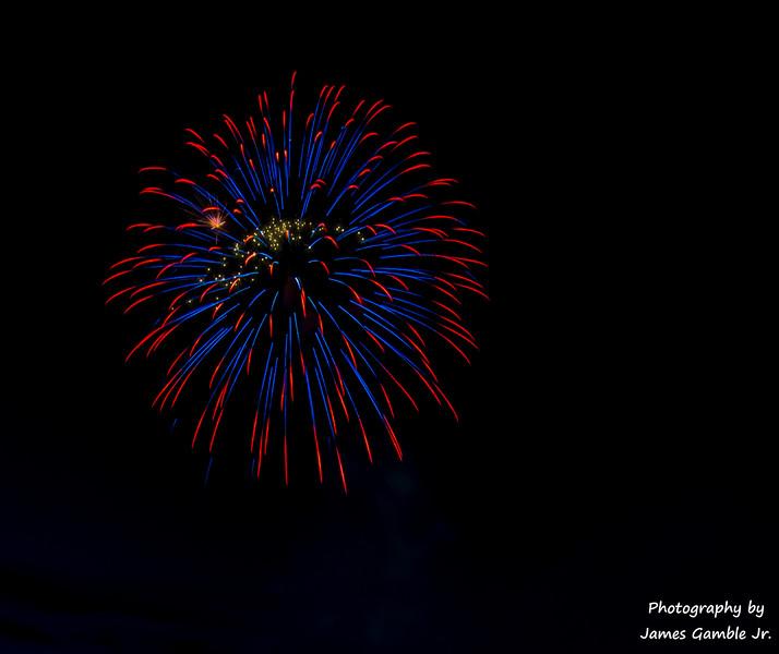 Fourth-of-July-Fireworks-2016-0319.jpg