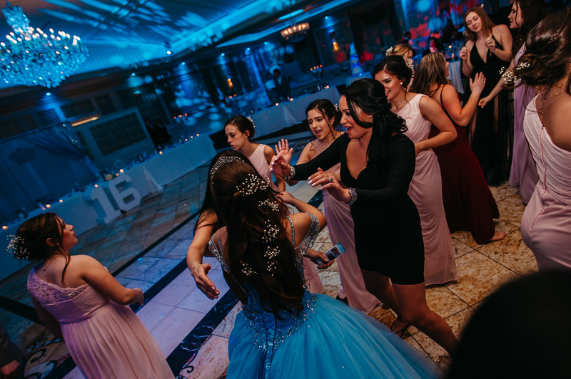 First Dance Images-587.jpg