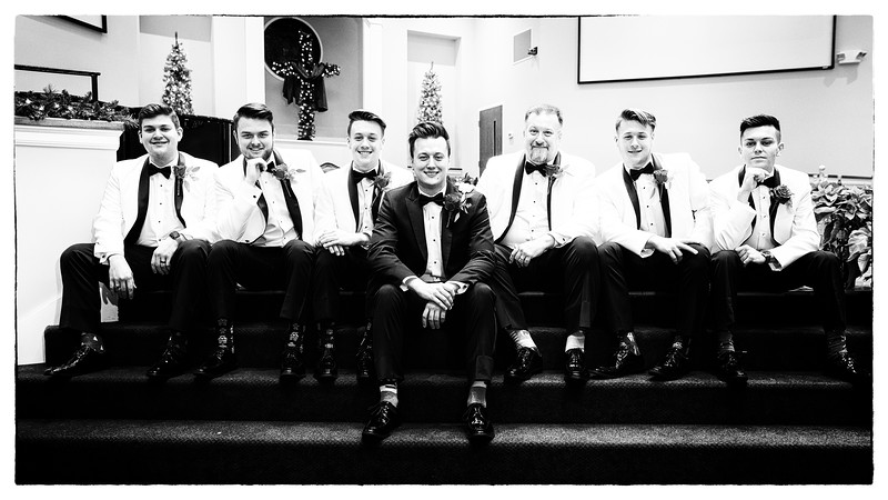 Family and Wedding Party Portraits (b&w)