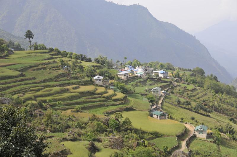 080516 2470 Nepal - Everest Region - 7 days 120 kms trek to 5000 meters _E _I ~R ~L.JPG