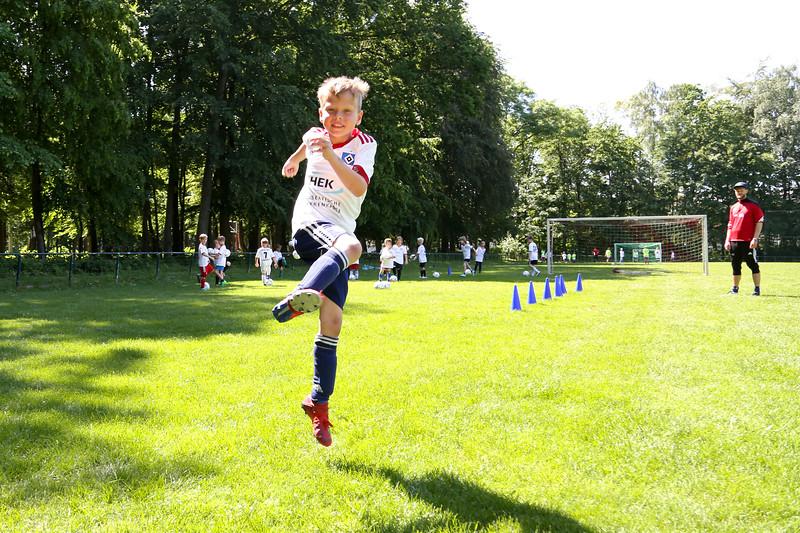 hsv_fussballschule-468_48047957206_o.jpg